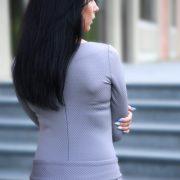 spausto audinio suknele